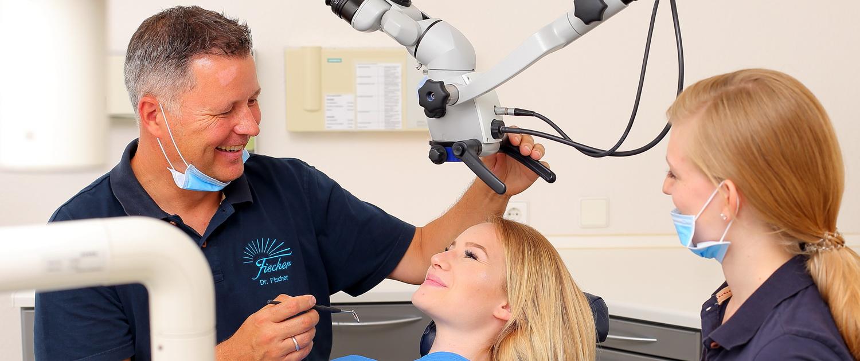 Wurzelbehandlung mit dem OP-Mikroskop, Zahnarzt Dr. Fischer